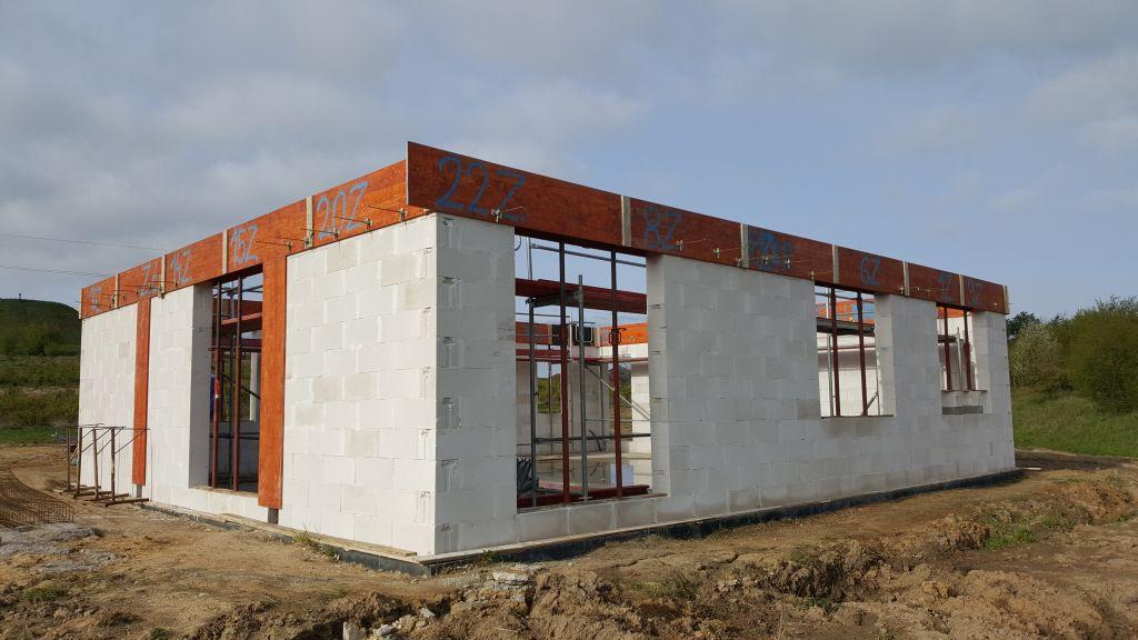 [Obrazek: budowa_domu_2017_04_25_125.jpg]