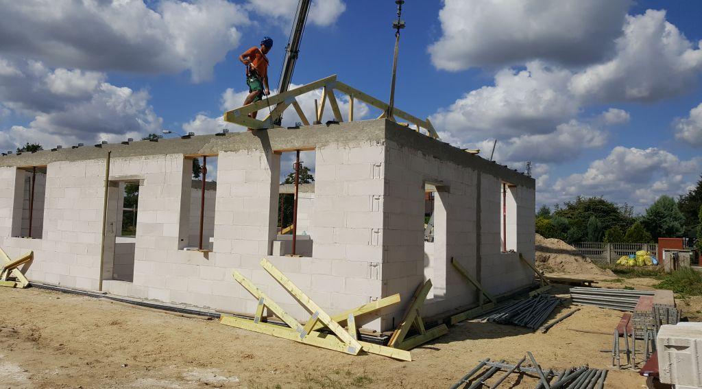 [Obrazek: ile_kosztuje_budowa_domu_2017_08_08_16.jpg]