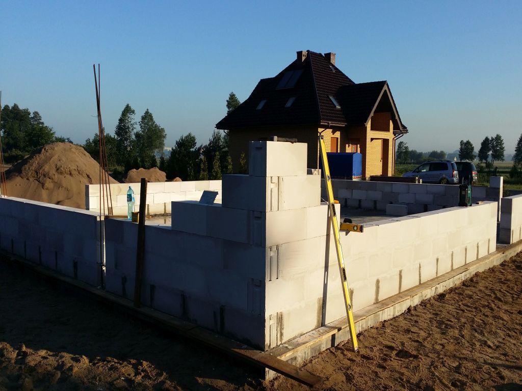 [Obrazek: budowa_domu2106_scianynosne_1.8.jpg]
