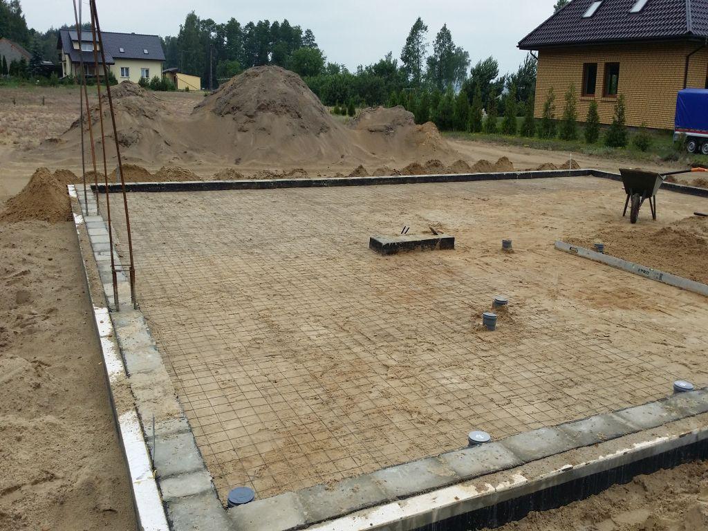 [Obrazek: budowa_domu_2016_betonowanie.2.jpg]