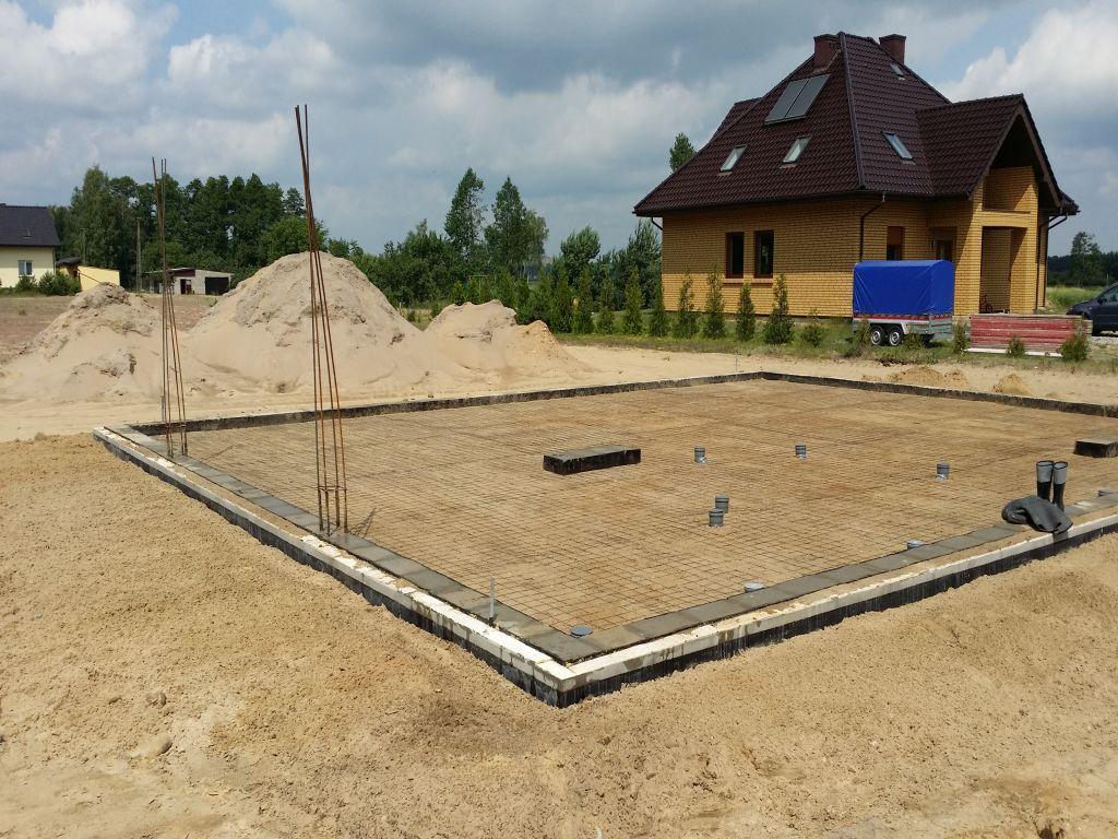 [Obrazek: budowa_domu_2016_betonowanie.24.jpg]