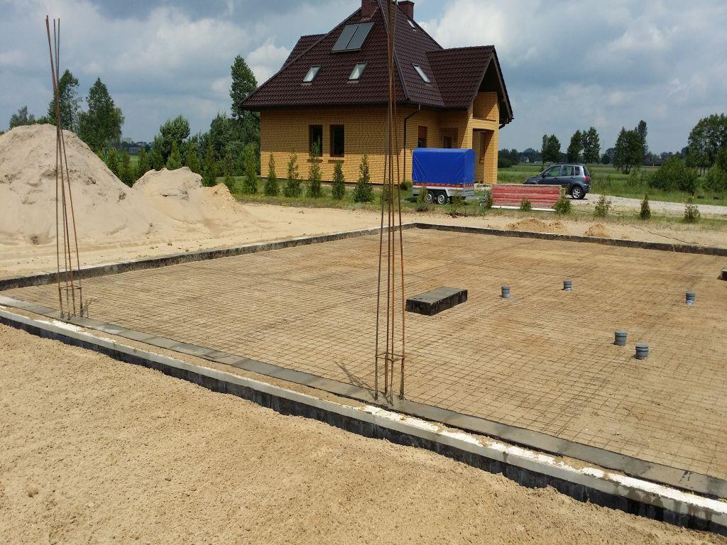 [Obrazek: budowa_domu_2016_betonowanie.27.jpg]