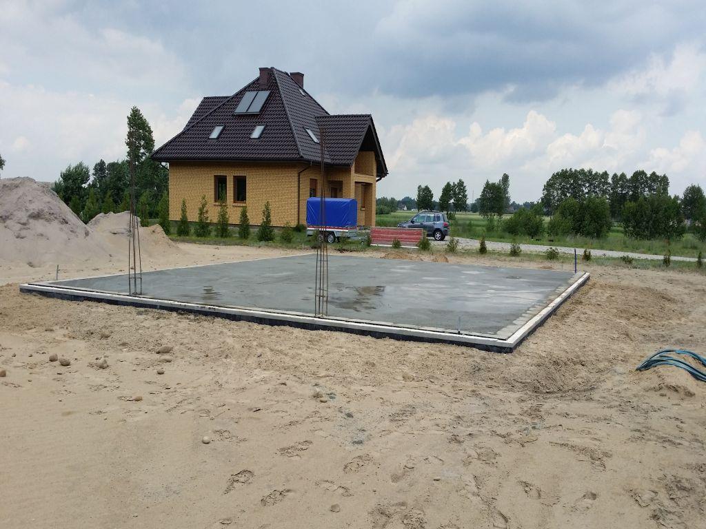 [Obrazek: budowa_domu_2016_betonowanie.47.jpg]
