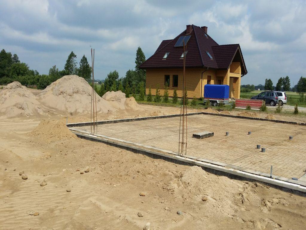 [Obrazek: budowa_domu_2016_betonowanie.6.jpg]