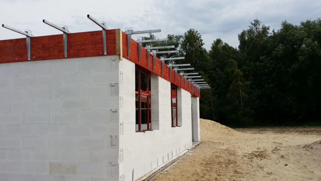 [Obrazek: budowa_domu_2016_zalewanie_wienca_92.jpg]