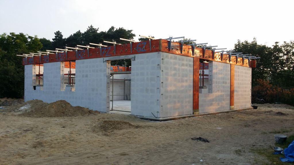 [Obrazek: budowa_domu_SSO_2.jpg]