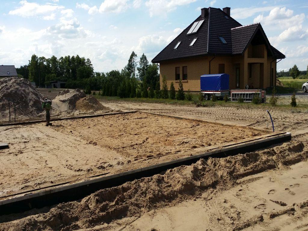 [Obrazek: projekt_domu_taniego_w_budowie.79.jpg]