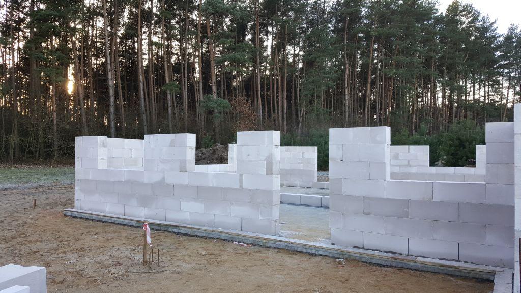 [Obrazek: budowa_domu_2017_4_9.jpg]