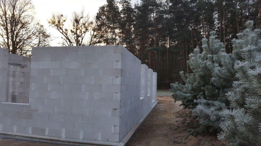 [Obrazek: budowa_domu_2017_8_2_10.jpg]