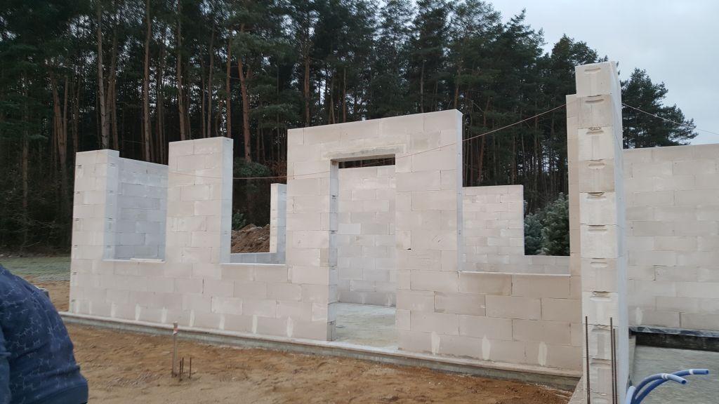 [Obrazek: budowa_domu_2017_8_2_15.jpg]