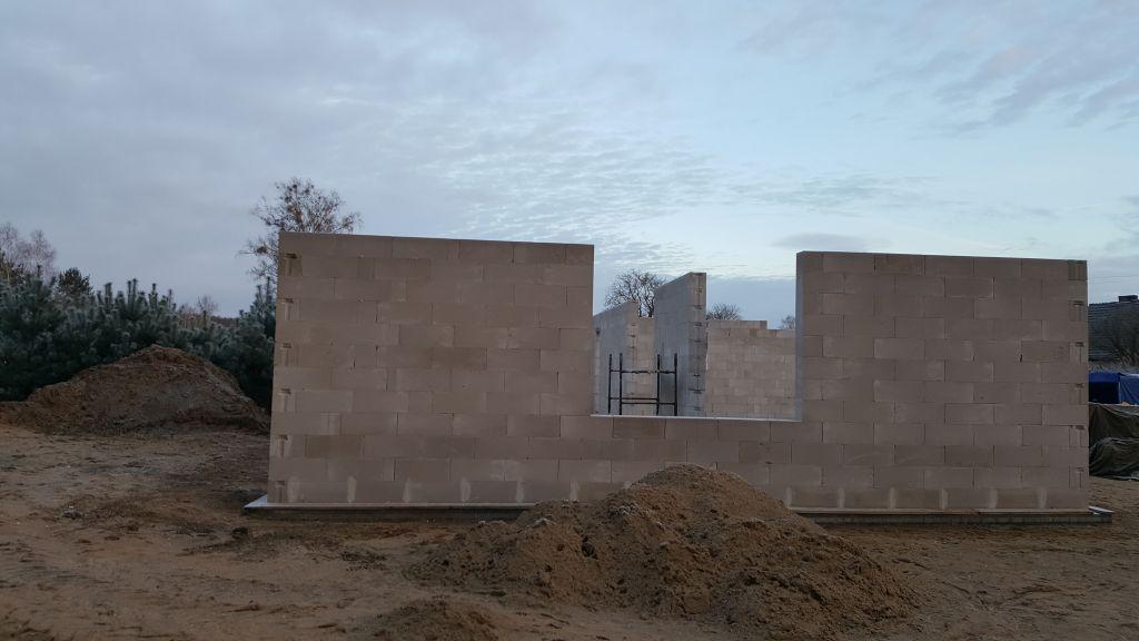 [Obrazek: budowa_domu_2017_8_2_5.jpg]